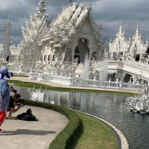 The amazing white temple refurbished by a famous Thai artist. A must see if you come to Chang Rai.